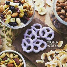 """"""" Propósito # 3 #2017 : """" Compartir deliciosos momentos en buena compañía . #pretzel #comidapanama #ptyfood #snacksricos #panamafoodies #foodloverspty #pty #friends #love #buenosmomentos#veranodeli"""