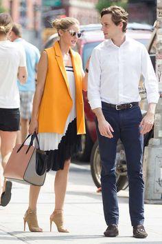 ¿NADA QUE PONERTE? Nos inspiramos en Olivia Palermo llevando una falda larga a modo de vestido, como ésta de ZARA.