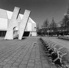 Hans Koetsier, zonder titel (1986), Waterwijk, Almere Stad. © Witho Worms, Museum De Paviljoens