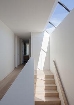 Winfield-Rd_Matyas-Architects_MG_6348_edited.jpg