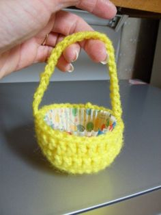 Free Easy to Crochet Basket Patterns | For Women - Part 6