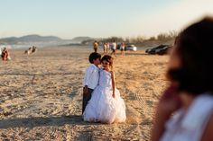 Fotos: https://www.pinterest.com/casaloriginal/  Produção: Debora Roks - Cerimonial   Local: Pousada Barra Mar (imbituba - SC)  Modelos: Denize e Allan Lanfred  Brinde: Adega Chabilis