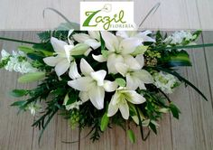 Floral design for weddings and events in Cancún & Mayan Riviera Contact us: ventas@floreriazazil.com #cancunfloraldesign #cancunflorist #floreriasencancun