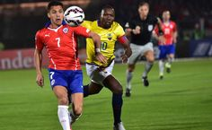 Chile se impone a Ecuador en el inicio de su Copa América - La selección chilena derrotó 2-0 a su similar de Ecuador en el partido inaugural de la Copa América-2015, disputado la noche del jueves en el estad...