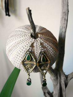 Boucles d'oreilles ethniques pierre verte