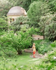 If you are ever in Florence, the best hotel to visit, or stay at, is the Four Seasons Firenze. It houses the largest private garden in Florence. Italian Summer, Private Garden, Four Seasons, Best Hotels, Dream Homes, Florence, Greece, Outdoor Structures, Posts