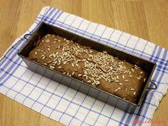 Kváskový chleba z žitné a kukuřičné mouky - eKucharka.cz Tray, Trays, Board