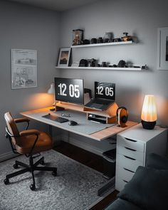 Image may contain: people sitting, screen, office, table and indoor – Modern Home Office Design Home Office Setup, Home Office Space, Home Office Design, Office Table, Office Ideas, Office Workspace, Modern Home Office Desk, Home Studio Setup, Home Desk