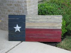 Gypsy's Nook: Ol' fence picket flags