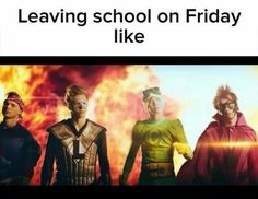 I think when you back to school you feel like a boss. 5sos Funny, 5sos Memes, Funny Memes, Logo Floral, Michael Clifford, 1d And 5sos, Second Of Summer, Luke Hemmings, Cool Bands