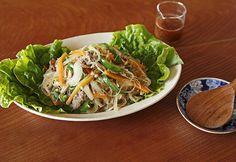 梅干しと米酢を合わせたタレはコクのある酸味が絶妙。季節の変わり目で、疲れ気味な身体が喜ぶ味。