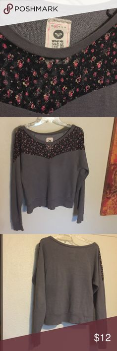 Roxy sweatshirt Mesh flower detailed collar/bodice-pullover/sweater. Great condition. Check out the rest of my closet to bundle!:) Roxy Tops Sweatshirts & Hoodies