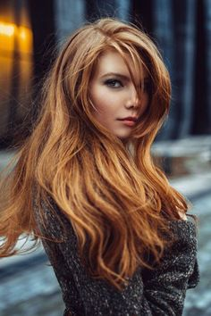 Are you looking for auburn hair color hairstyles? See our collection full of auburn hair color hairstyles and get inspired! Hair Color Auburn, Red Hair Color, Color Red, Dark Auburn, Copper Hair Colour, Ginger Hair Color, Copper Blonde, Color Shades, Light Shades
