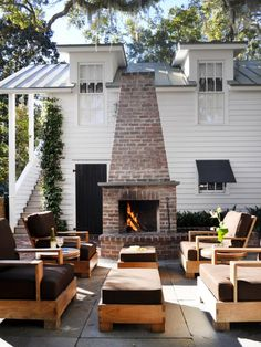 Pinterest has spoken. From cottage-style kitchens and cocktail recipes to relaxing outdoor rooms and new uses for old things, here are the 35 photos HGTV fans couldn