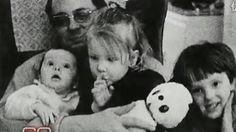 Kristen Bell Siblings