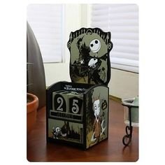 Count down the days until Christmas with this neat Nightmare Before Christmas Jack and Kids Wooden Calendar. Or Halloween. This deluxe wooden reusable calendar features Jack Skellington from The Nightmare Before Christmas in a fully Nightmare Before Christmas Decorations, Nightmare Before Christmas Halloween, Days Until Christmas, Noel Christmas, Fall Halloween, Halloween Crafts, Halloween Decorations, Halloween Countdown, Halloween Stuff
