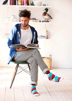 Los calcetines son una prenda más...os lo decía en http://www.facebook.com/l.php?u=http%3A%2F%2Fwww.bibliadelgentleman.com%2F&h=kAQHp2H0N