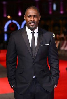Pin for Later: Hot Stars Who Really Have That Sexy-Squint Thing Down Idris Elba Black Suits, Black Men, Idris Alba, Famous Black People, Famous Men, Gq Mens Style, Male Style, Grown Man, Black Is Beautiful