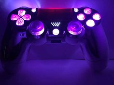 Custom Wireless Controller/Gamepad Chrome Silver with Cool Ps4 Controllers, Xbox One Controller, Xbox Pc, Playstation, Ps4 Skins, Gaming Room Setup, Game Themes, Videogames, Predator