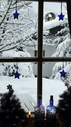 Wow, this looks just like my window view from my apartment I just moved from in Concord, NH Winter Szenen, I Love Winter, Winter Magic, Winter Colors, Noel Christmas, Winter Christmas, Xmas, Christmas Mantles, Cottage Christmas