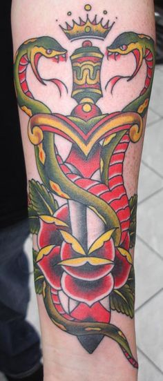 Traditional Snake and Dagger Tattoo | Picasa Photogallery: TraditionalWesternTattoos