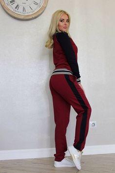 Find this Pin and more on Спортивные костюмы by Vidamoderna Glodeni. 8db92f8b16e03