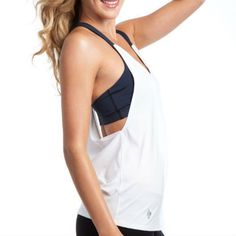 What to wear to your workout - fashion for barre, yoga, pilates, zumba, and more!
