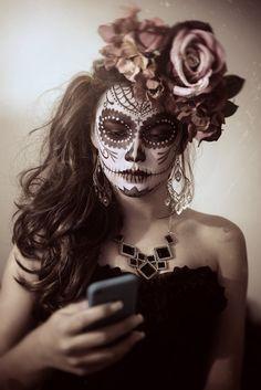 Disfraces Halloween Mujer, Maquillaje Halloween, Catrina Vintage,  Maquillaje De Catrina Mexico, La Muerta Sugar, Calaveras Mexicanas,  Calavera Catrina,
