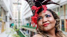 """Neste feriado de Carnaval, selecionamos o melhor da festa de rua que acontece em São Paulo, Rio de Janeiro e Salvador. Confira: São Paulo Rio de Janeiro Salvador São Paulo Local: Vila Madalena Bloco Vai Quem Quer Desfiles: 09, 10, 11 e 12/02, às 20h. Concentração: Praça Benedito Calixto – Vila Madalena Trajeto: Praça Benedito...<br /><a class=""""more-link"""" href=""""https://catracalivre.com.br/geral/agenda/indicacao/carnaval-de-rua-de-sao-paulo-rio-de-janeiro-e-salvador/"""">Continue lendo »</a>"""