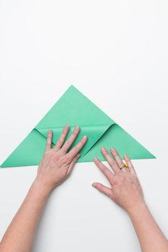 04-sandwich-envelopes-fiskars-steps-centerfolddown