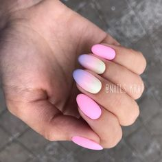 S/S 2018 Trends: Pastel unicorn colours ombre nails - The Best 12 Ombre Nail Art – French fades, unicorn and more
