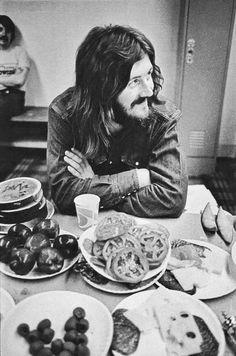 "babeimgonnaleaveu: "" John Bonham backstage at the LA Forum, circa "" Led Zeppelin, Great Bands, Cool Bands, Hard Rock, John Bonham, Blues, Greatest Rock Bands, Dazed And Confused, Jimmy Page"
