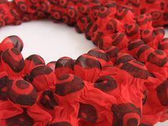 bubble wrap scarf detail