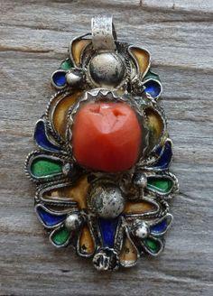(B) Antique Kabyle Enamel Coral Silver Pendant Charm Amulet Algeria Morocco from Balthazara on Ebay