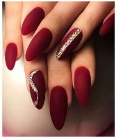Trendy Nails, Stylish Nails, Cute Nails, Red Nail Art, Pretty Nail Art, Solid Color Nails, Nail Colors, Acrylic Nails Stiletto, Bride Nails