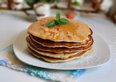 PANCAKES CU ZMEURA SI VANILIE Nutella, Biscuit, Panna Cotta, Pancakes, Cheesecake, Breakfast, Food, Easy Recipes, Deserts