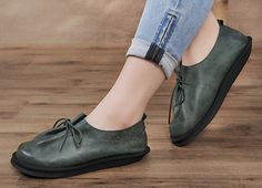Oxford Leather Shoes for Women, Close Shoes, Flat Shoes,Casual Shoes,Tie shoes  More Shoes: https://www.etsy.com/shop/HerHis?ref=shopsection_shophome_leftnav  ♥♥♥♥♥♥If you do not know which size you need to choose, please tell me the length of your feet or the size you most usually wear in your country, I would recommend you the size which is fit for your feet.;-)  PLEASE NOTE THAT the foot must be firmly on the floor when you measure the length and width of your foot. And remember to…