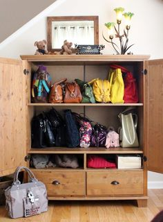 33 Storage Ideas To Organize Your Closet And Decorate With Handbags And  Purses | Handbags, An And The Ou0027jays