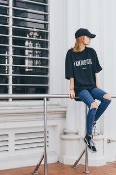 Yezzo  YezzoClothing  OOTD  Women  Streetwear  Fashion  Streetstyle Us  Shipping c9c0135f719b