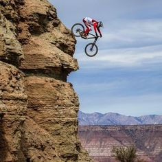 MTB Dating is the dating site for singles with a passion for mountain biking. Shred the mountain bike trails together; Bmx, Mtb Bike, Bike Trails, Mountain Biking, Mountain Bike Helmets, Mtb Downhill, Road Cycling, Cycling Bikes, Cycling Art