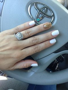 White Gel Nails And Gold Glitter Nails By Me Pinterest