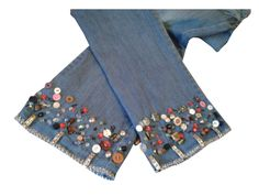 Embellished Jeans, Embroidered Jeans, Jeans Refashion, Ways To Wear A Scarf, Mode Jeans, Embroidery On Clothes, Denim Crafts, Patchwork Jeans, Recycle Jeans