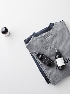 grey t-shirts.