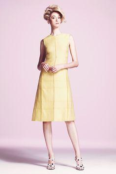 Outfit: 3    Lyn Devon