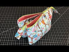 5 Pocket Zipper Bag - YouTube