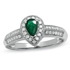 Pear-Shaped Emerald Vintage Ring in 10K White Gold with Diamond Accents -  Zales