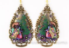- SOLD - Pagan Wiccan Goth Witch Black Cat Earrings by DeidreDreams on Etsy, $110.00