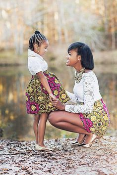 Mommy and Me outfits African skirts African clothing Girl Mother Daughter Photos, Mother Daughter Matching Outfits, Mother Daughter Fashion, Mommy And Me Outfits, Kids Outfits, Mother Daughters, Mother And Daughter Clothes, African Dresses For Kids, African Fashion Dresses