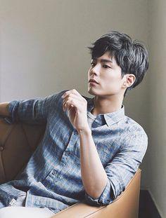 a literal angel : park bo gum : 사진 Korean Star, Korean Men, Korean Wave, Asian Men, Ji Chang Wook, Asian Actors, Korean Actors, Park Bo Gum Wallpaper, Park Bogum