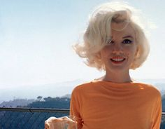 Marilyn Monroe. I'd love to attempt her hair on myself but it would be too harsh on my poor strands.